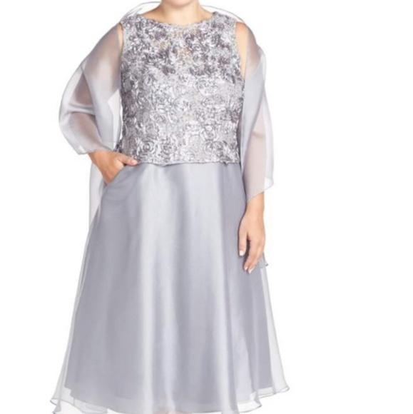 Alex Evenings Dresses | Silver Grey Evening Gown | Poshmark